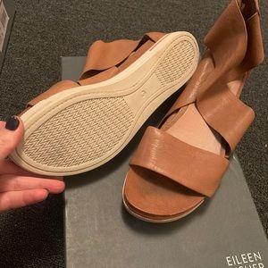 New Eileen Fisher tan sandals